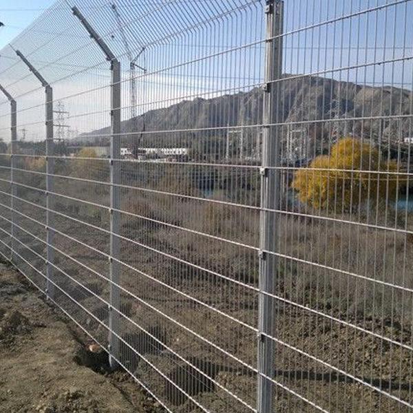 Строительство секционного ограждения высотой до 2,4 м (бетонирование столбов) с Г наконечником и секцией 530 мм