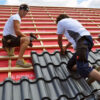 Монтаж металлочерепицы – сложная крыша (металл и планки) 23388