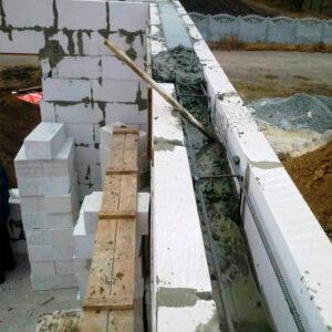 Строительство монолитного ж/б пояса второго этажа